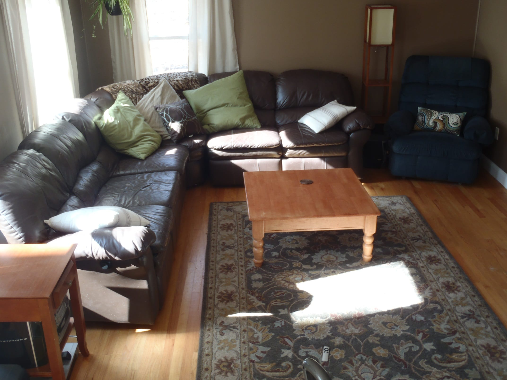 Transitional Living Room Furniture First Time Home Buyers Seek Transitional Living Room Design Picklee